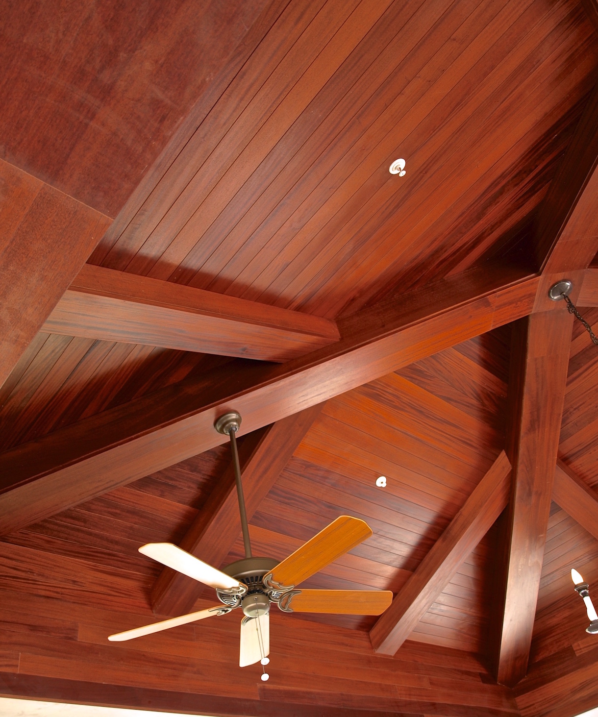 Distinctive Wood Designs Beam Cladding Solid Wood